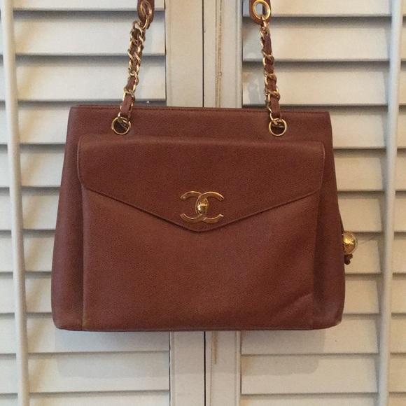 9593a3f1ce6c34 CHANEL Handbags - Authentic Vintage CHANEL Bag
